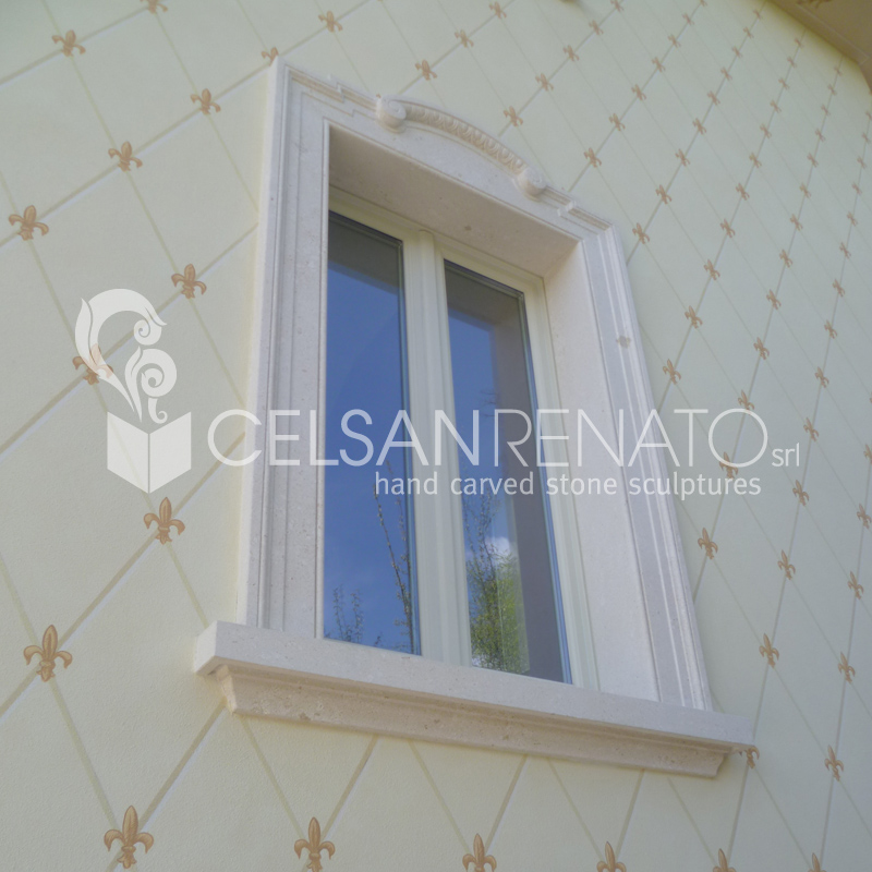 Realizzazione cornici per porte e finestre in pietra di vicenza - Porte e finestre vicenza ...